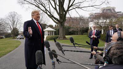Tổng thống Trump muốn giữ thuế nhập khẩu để gây sức ép lên Trung Quốc