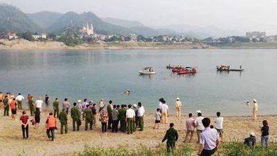 Hiện trường 8 em học sinh chết đuối trên sông Đà