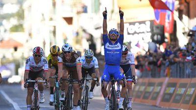 Xe đạp: Alaphilippe đăng quang Milan-San Remo, 'Siêu' Sagan chỉ xếp hạng 4