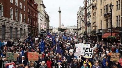 Biển người biểu tình phản đối Brexit ở thủ đô London