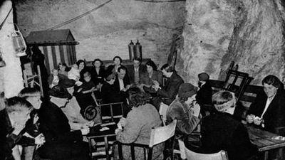 Giải mã mê cung đường hầm nổi tiếng Thế chiến 2