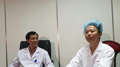 Các bác sỹ Việt Nam thực hiện thành công ca mổ u não thức tỉnh