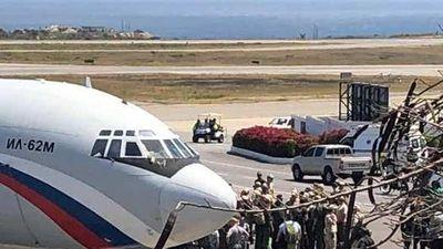 Quân nhân Nga tới Caracas, phòng không Venezuela đưa S-300 vào sẵn sàng chiến đấu