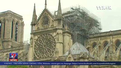 Pháp cân nhắc dựng nơi hành lễ tạm thời