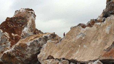 Đã tìm thấy thi thể công nhân bị đá vùi lấp khi nổ mìn ở Quảng Ninh