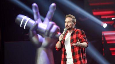 Chàng trai ngoại quốc khiến sân khấu 'The Voice' Việt bùng nổ