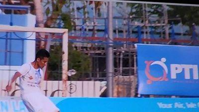 Cầu thủ của Cần Thơ đá phản lưới nhà bất ngờ được giảm án