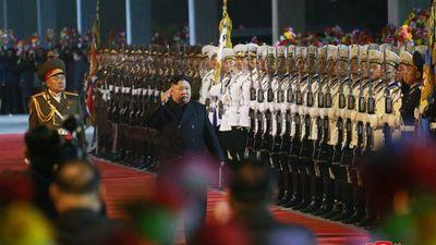 Triều Tiên phát sóng hình ảnh người dân tiễn ông Kim lên tàu sang Nga