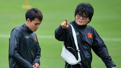 Bác sĩ Hàn Quốc chính thức làm việc ở đội tuyển Việt Nam