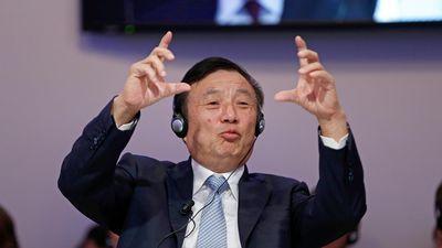 Huawei nói gì sau đòn phủ đầu từ Google?