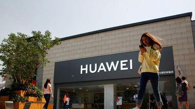 Huawei phòng thủ gì khi bị Microsoft, Google 'tuyệt giao'?