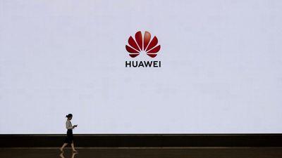 Bloomberg: Tấn công Huawei là sai lầm lớn của Tổng thống Trump