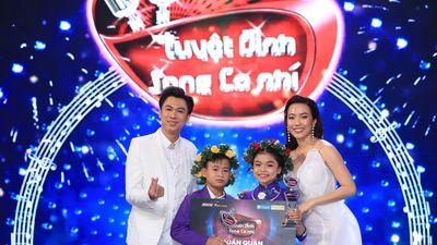 Học trò của Hồ Việt Trung đăng quang 'Tuyệt đỉnh song ca nhí 2019'