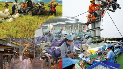 Slide - Điểm tin thị trường: Nợ công Việt Nam xuống mức thấp nhất từ năm 2015