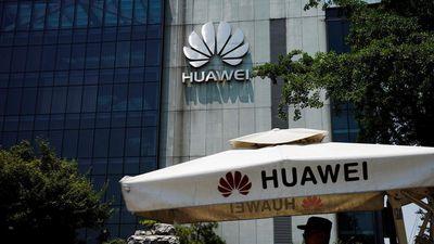 Khách hàng châu Á bắt đầu quay lưng với Huawei