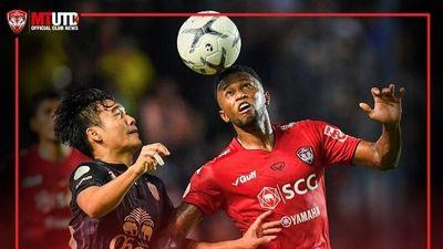 Văn Lâm chơi xuất sắc nhưng vẫn thua đội bóng của Xuân Trường