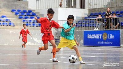 Highlight Bán kết Cúp Báo Nghệ An: Nhi đồng Tân Kỳ - Nhi đồng Thái Hòa: 4-2