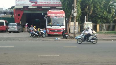 Bất chấp lệnh cấm, xe tải, xe khách vẫn nghênh ngang vào nội ô TP. Buôn Ma Thuột