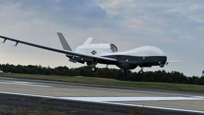 Iran bắn hạ máy bay không người lái của Mỹ