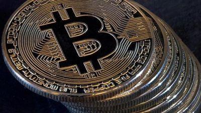 Tiếp tục vượt mốc 11.000USD, bitcoin đã trở lại?