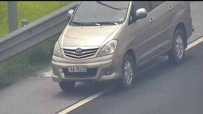 Nữ tài xế lùi băng băng trên cao tốc Hà Nội - Hải Phòng bị phạt 1 triệu