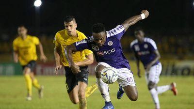 'Hà Nội FC phải gấp rút tham gia thị trường chuyển nhượng vì Oseni'