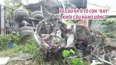 Xe cẩu và ô tô con dính nhau 'bay' khỏi cầu Hàm Luông, 5 người thương vong