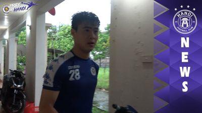 Hà Nội FC phải bỏ dở buổi tập trước trận gặp HAGL vì mưa lớn