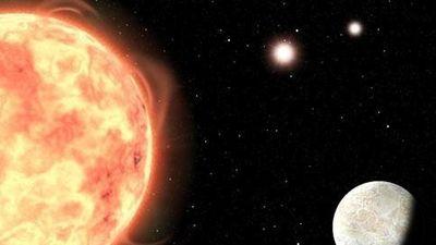 Sững sờ hành tinh đá nóng bỏng, có cùng lúc 3 mặt trời