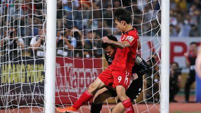 Clip: 5 pha cứu thua xuất thần nhất tại vòng 16 V-League 2019