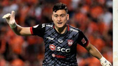 Văn Lâm lọt vào đội hình tiêu biểu vòng 19 Thai League