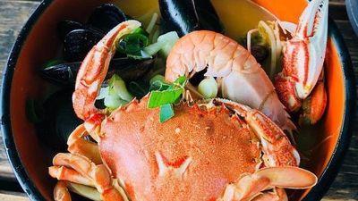 Mì ramen hải sản trứ danh đáng thử khi đến đảo Jeju