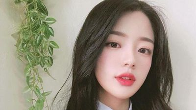 Khi không mặc đồng phục, giới trẻ Hàn Quốc sẽ diện gì đi học?