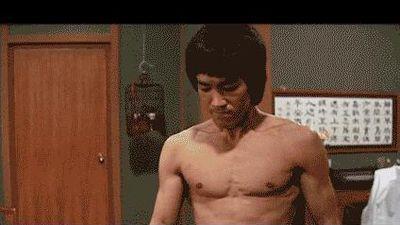 Những cảnh đấu võ làm nên tên tuổi Lý Tiểu Long trên màn ảnh