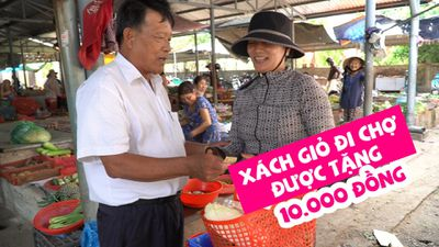 Tâm sự người đàn ông chuyên tìm chị em xách giỏ đi chợ để tặng tiền