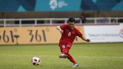 'Quang Hải là ngôi sao trên TV, nhưng cũng chỉ là cậu bé 22 tuổi ngoài đời thường'