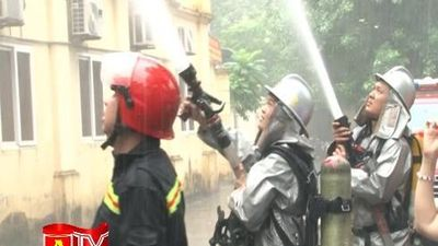 Diễn tập phương án chữa cháy, cứu nạn, cứu hộ phối hợp nhiều lực lượng tại quận Ba Đình