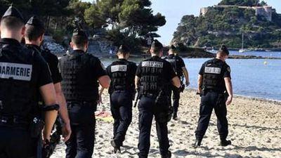 Cảnh sát Pháp được trang bị 'tận răng' để bảo vệ hội nghị G7