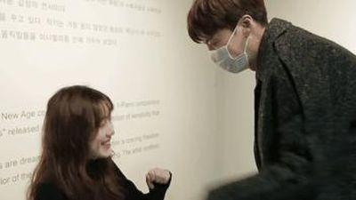 Ahn Jae Hyun bí mật tới buổi gặp mặt fan để cổ vũ vợ Goo Hye Sun