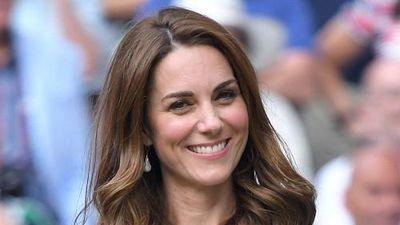 Ngắm mãi không chán vẻ đẹp 'Công chúa Cinderella' Kate Middleton