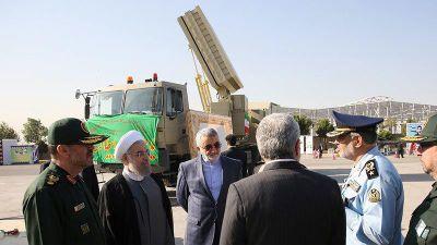 Iran khoe hệ thống tên lửa 'kình địch' S-300 Nga và Patriot Mỹ