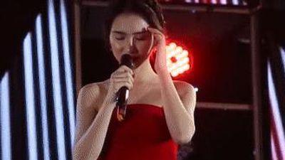 Hòa Minzy, Soobin Hoàng Sơn xử lý ra sao khi quên lời trên sân khấu?