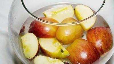 Mách bạn cách tự làm giấm táo giảm béo siêu sạch, siêu dễ