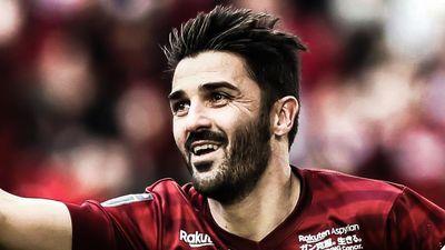 Cựu sao Barca cứa lòng chuẩn mực ở tuổi 37