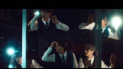 TXT hóa thân thành nhóm thám tử học đường trong teaser comeback đậm chất kinh dị