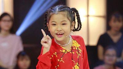 Cô bé 7 tuổi liên tục mắng Ngô Kiến Huy trên sóng truyền hình