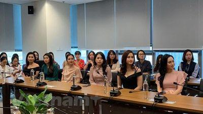 Press Green Beauty: Cuộc thi nhan sắc đầu tiên dành cho các nữ nhà báo