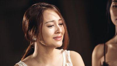 Hương Tràm, Bảo Anh mất ngủ, trầm cảm và sự nghiệt ngã của showbiz