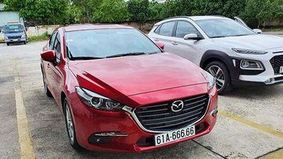 Đại gia Bình Dương chi gần 2,7 tỷ mua Mazda3 biển khủng