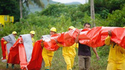 Khi 'chuyện đã rồi', Công ty Nước sạch sông Đà mới đặt tấm lọc dầu